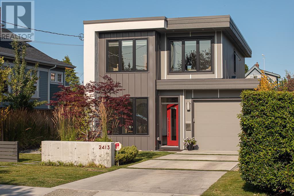 2413 Mowat St, Victoria, British Columbia  V8R 5T1 - Photo 2 - 419105